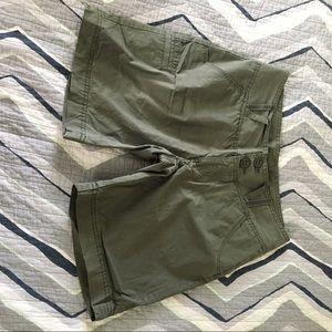 Columbia cotton hiking shorts Size 4